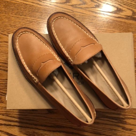 Nwt Sperry Waypoint Penny Lt Tan Size 8